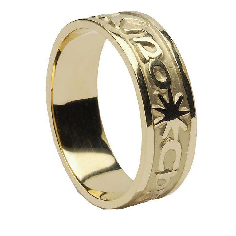 Yellow Gold Gra Geal Mo Chroi Irish Script Mens Wedding Band