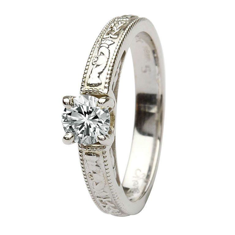 14k White Gold Claddagh Round Cut Diamond Ring