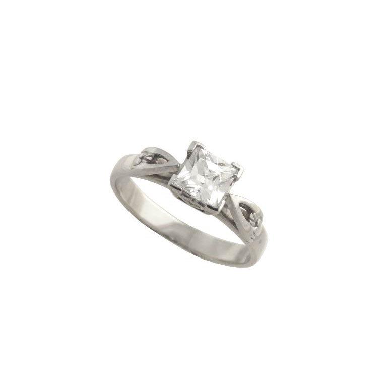 14k White Diamond Set Claddagh Ring