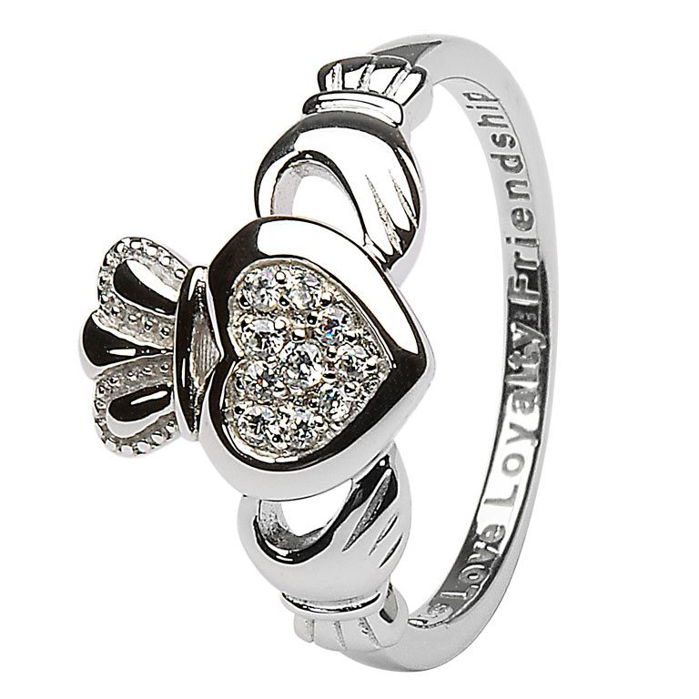 Ladies Claddagh Pave Set Ring