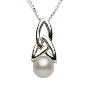 Silver Pearl Set Trinity Knot Pendant